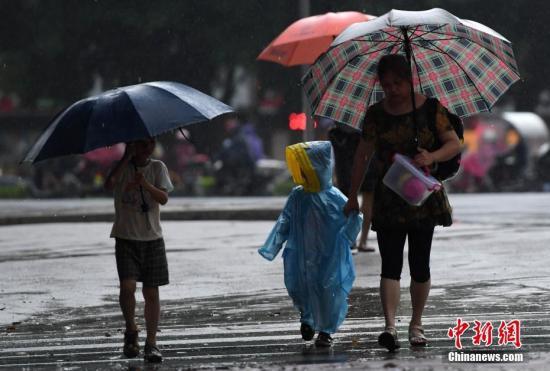 福建雨季即将结束解除暴雨警报和暴雨Ⅳ级预警