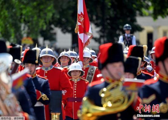 第二营派翠西亚公主轻步兵团。