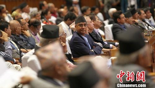 尼泊尔总理德乌帕:等候向新选政府移交权力