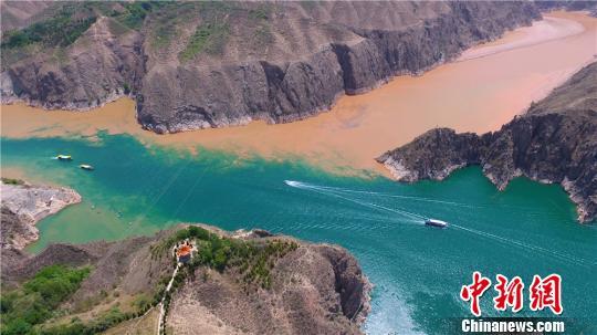 资料图:黄河刘家峡水库 。史有东 摄