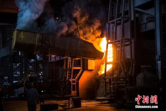 工信部:力争今年提前完成钢铁去产能1.5亿吨上限目标
