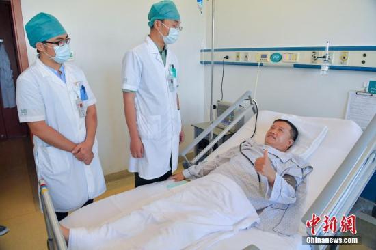 资料图:海南一医院病房。中新社记者 骆云飞 摄