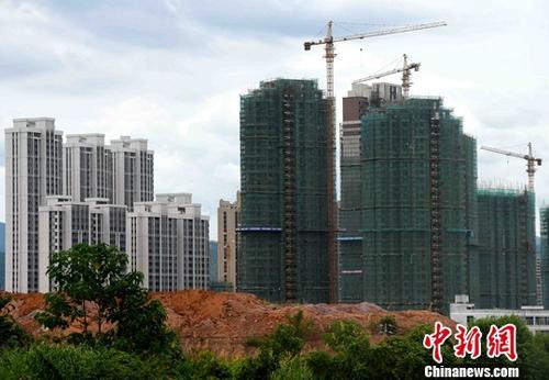 资料图:一处在建楼盘。<a target='_blank' href='http://www.chinanews.com/'>中新社</a>记者 张斌 摄