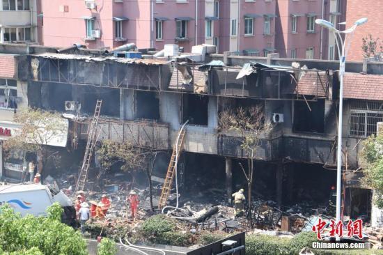 杭州店铺燃爆事故又有7人出院目前33人留院治疗