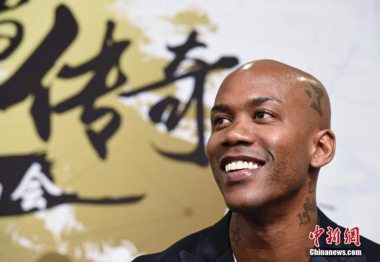 《我是马布里》北京首映 导演透露或将拍续集