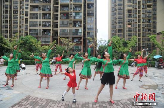 跳出来的产业链:广场舞相关产品一年收益20亿