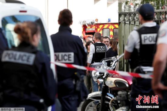 法警方被指暴力执法:聋哑女子被拖出警局再关押