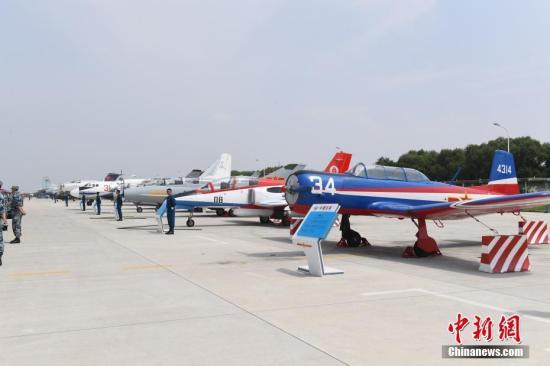 中国空军武器装备亮相长春。<a target='_blank' href='http://www.chinanews.com/'>中新社</a>记者 张瑶 摄