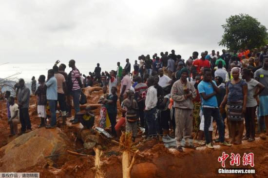 当地时间8月14日下午,塞拉利昂红十字会发言人称,该国首都弗里敦大规模洪水和泥石流导致的死亡人数已经上升致312人。