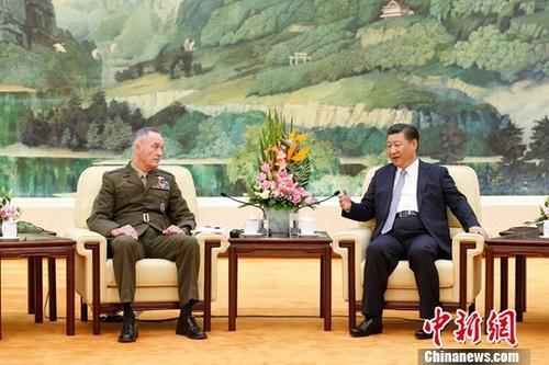 8月17日,中国国家主席、中央军委主席习近平在北京人民大会堂会见来访的美军参联会主席邓福德一行。中新社记者 盛佳鹏 摄