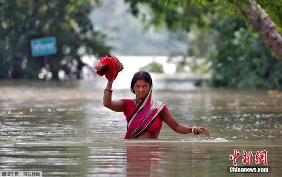 资料图:印度比尔哈邦洪灾。