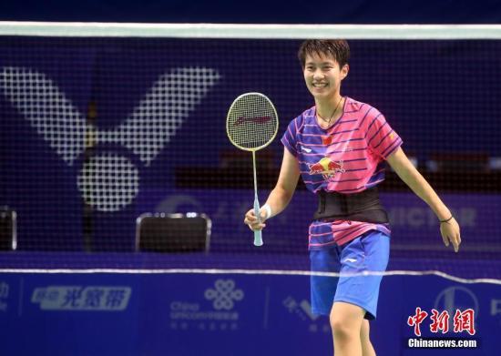 比赛中,杜玥甚至被球拍击中面部,一度出现视觉模糊的症状(资料图:天津全运会,杜玥在训练中。)中新社记者 张宇 摄