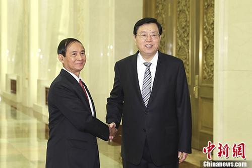 9月7日,全国人大常委会委员长张德江在北京人民大会堂与缅甸联邦议会人民院议长温敏举行会谈。 中新社记者 盛佳鹏 摄