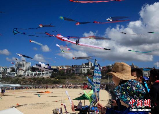 资料图:澳大利亚悉尼邦迪海滩。中新社记者 钟欣 摄