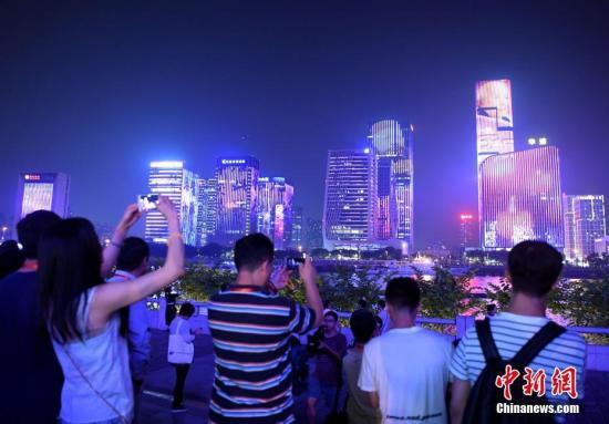 图为福州夜景。 中新社记者 张斌 摄