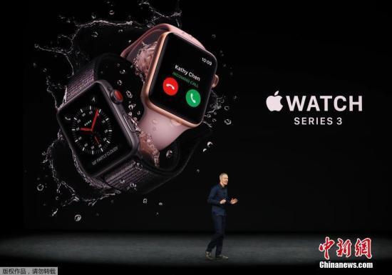 在这次新品发布会上,苹果公司还发布了Apple Watch Series 3和Apple TV 4K版。Apple Watch Series 3一个主要特点是加入蜂窝数据功能,即支持移动网络,可独立打接电话。