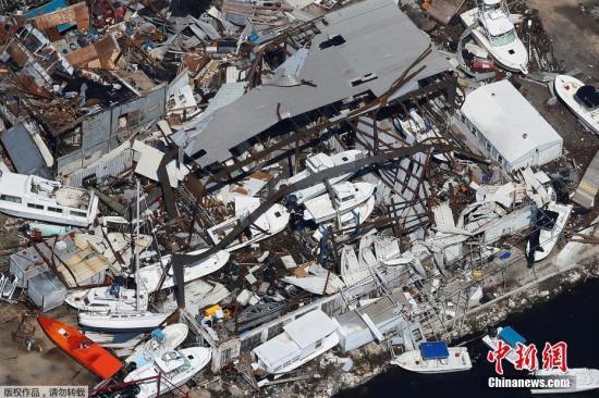 佛州一处被飓风摧毁的船坞。