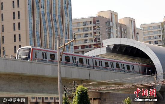资料图:北京地铁燕房线。杜佳 摄 图片来源:视觉中国