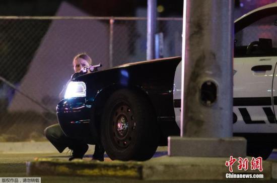 当地时间10月1日,美国拉斯维加斯曼德勒海湾赌场度假村附近发生枪击事件。