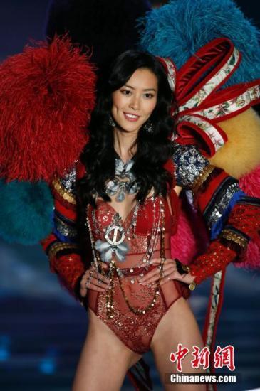 资料图:中国超模刘雯。中新社记者 张亨伟 摄
