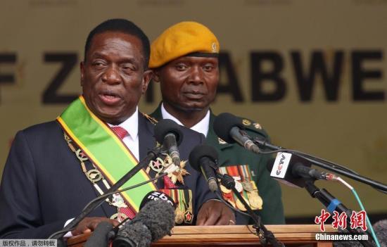 津巴布韦总统埃默森·姆南加古瓦。