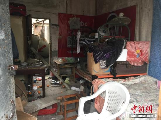 11月26日上午9时许,浙江宁波江北区庄桥街道李家村地块外围空地发生爆炸,相关部门已经到现场开展救援,爆炸原因及人员伤亡情况正在进一步调查核实。何蒋勇 摄