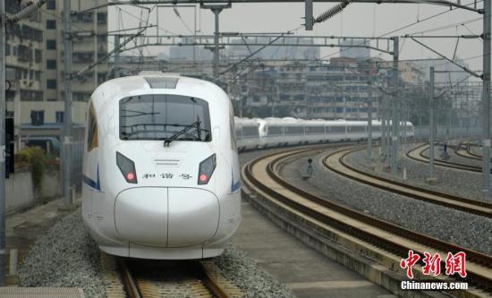 资料图:西成高铁。刘忠俊 摄