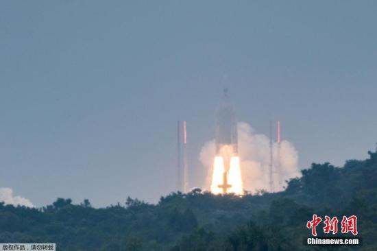 当地时间12月12日,欧洲伽利略卫星导航系统第19、20、21和22颗卫星由一枚阿丽亚娜5型火箭从法属圭亚那库鲁航天中心发射升空。