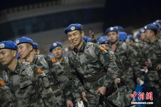 China's blue helmets help maintain peace