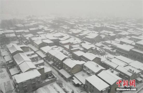 1月3日凌晨开始,湖北自北向南出现明显雨雪天气过程。涂玉国 摄