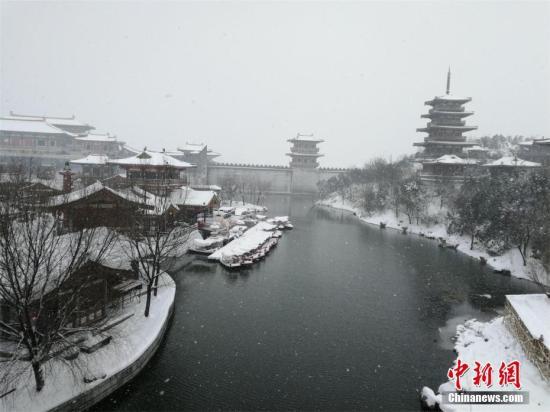 大范围雨雪降温造成中东部多地现冻害