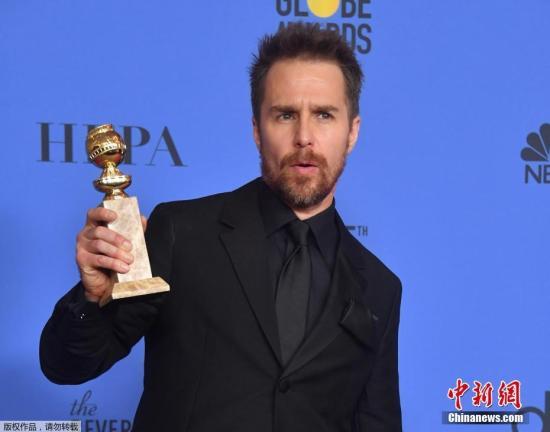 山姆・洛克威尔凭借《三块广告牌》拿下电影类最佳男配角。