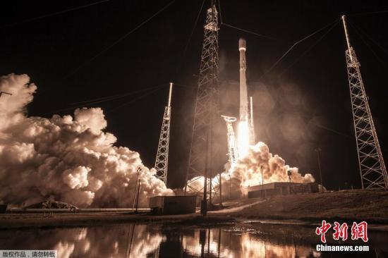 """据报道,""""祖马""""7日由太空探索科技公司的""""猎鹰9""""号火箭搭载升空,之后成功抵达近地轨道,即距地球表面2000千米以下的近圆形轨道。虽然SpaceX公布了""""祖马""""发射的消息,但对于其他数据一律三缄其口,外界对这艘飞船的实际轨道位置、实际功用、升空目的等,至今仍一无所知。""""祖马""""的制造商曾表示,该飞船是应美国政府要求制作,但不愿提供更多细节。"""