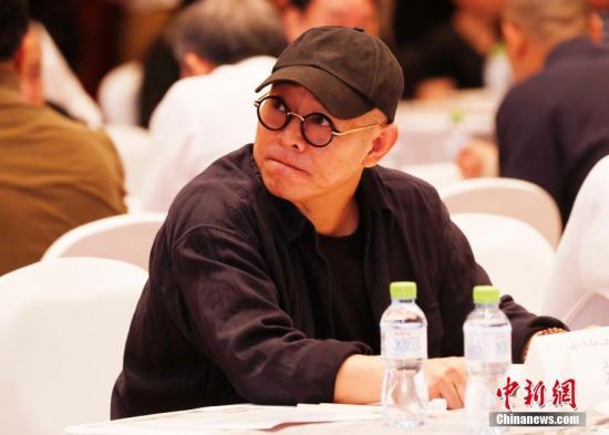 资料图:李连杰出席活动。在进入娱乐圈以前他曾是武术运动员。 <a target='_blank' href='http://www.chinanews.com/'>中新社</a>记者 刘关关 摄