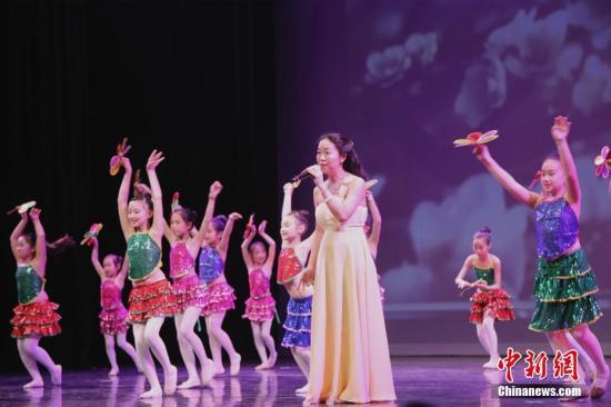 """""""年味""""情节深 在美中国留学生如何过春节?"""