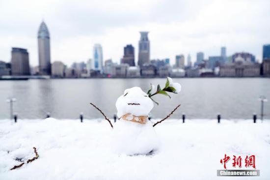 资料图:上海雪天。 汤彦俊 摄