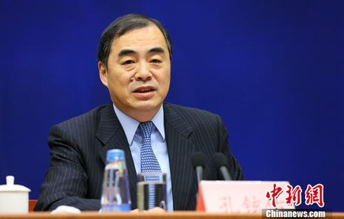 中国驻日本大使孔铉佑会见山梨县知事长崎幸太郎