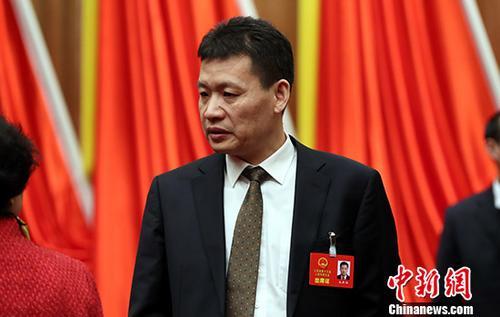 上海湖南安徽江西新疆选举产生监察委员会主任