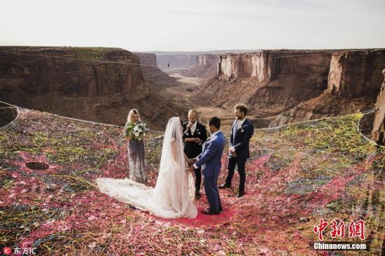 资料图:一场浪漫的婚礼。(图片来源:东方IC 版权作品)请勿转载