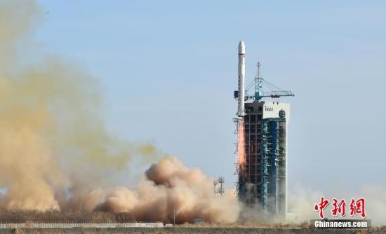 """中国遥感卫星地面站接收到""""张衡一号""""首轨数据"""