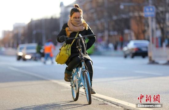 北京大风蓝色预警 未来3天大部分地区有4、5级风