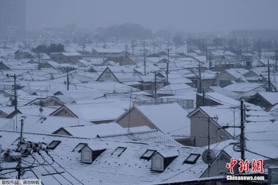 日本多地降下数十年罕见大服装清仓