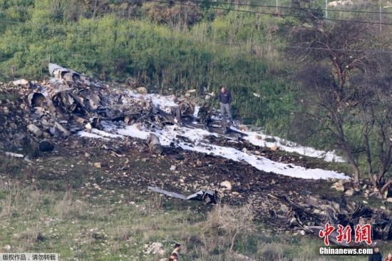 2月10日,以色列对叙利亚境内的目标进行了空袭,遭到防空力量的回击,一架F-16战斗机坠毁,但飞行员成功逃生,已经被送往医院。