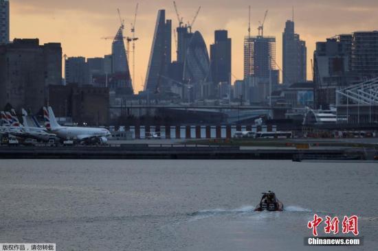 资料图片:泰晤士河。
