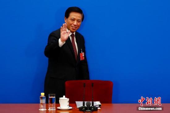 十三届全国人大一次会议于3月4日上午11时在人民大会堂新闻发布厅举行新闻发布会。/p中新社记者 富田 摄