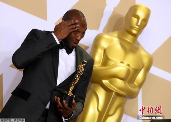 最佳动画短片颁给《亲爱的篮球》,科比获得首座小金人。