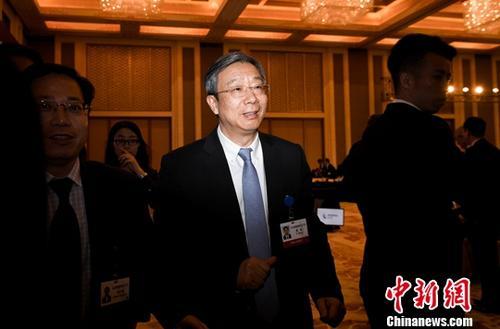 3月25日,新任中国人民银行行长易纲在北京出席由国务院发展研究中心主办的中国发展高层论坛。<a target='_blank' href='http://www.chinanews.com/'>中新社</a>记者 崔楠 摄