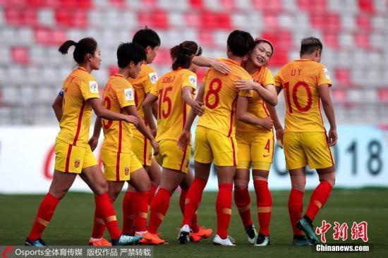 成绩更好的中国女足,收入无法与男足相比。 图片来源:Osports全体育图片社