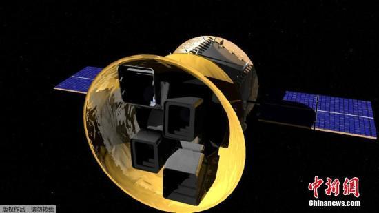 """这颗卫星名为""""凌日系外行星勘测卫星"""",按英文缩写简称""""苔丝""""(TESS)。TESS的主要使命是在今后两年内""""扫描""""超过20万颗太阳系外离地球""""最近、最亮""""的恒星,确认是否有行星围绕它们公转。图为TESS探测卫星的概念图。"""