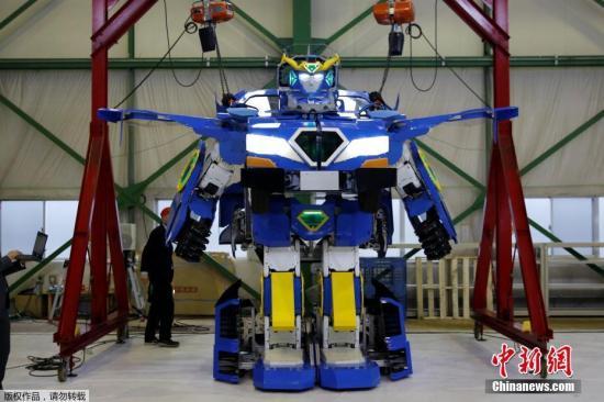 图为J-deite RIDE机器人。